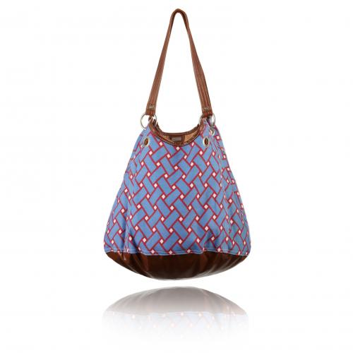 basketweave getaway bag in nantucket