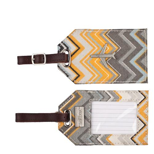 zigzag luggage tag in storm