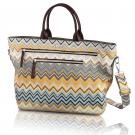 zigzag carryall in storm